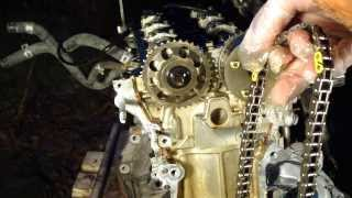getlinkyoutube.com-How to disassemble engine VVT-i Toyota Part 14-15/31: Timing chain