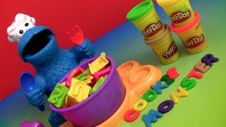 getlinkyoutube.com-Play Doh Chef Cookie Monster Letter Lunch Learn the ABC Alphabet With Cookie Monster Play Dough