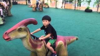 getlinkyoutube.com-Jurassic World Dinosaur Ride