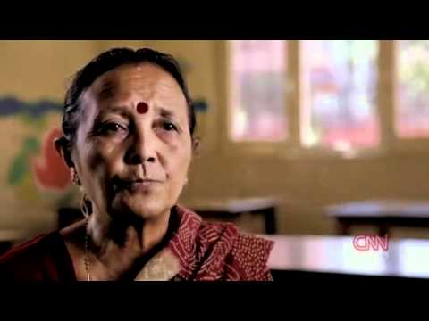 CNN Heroes 2011 - Everyday People Changing the World - Special Reports from CNN.mp4