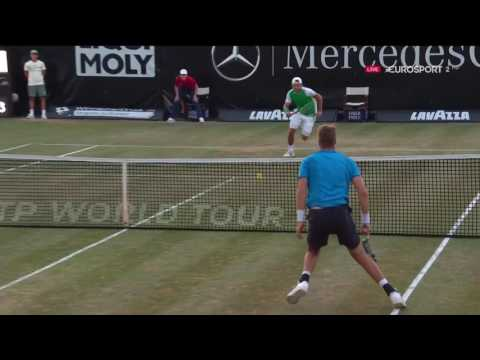 How did Struff lose this matchpoint? 2017-06-04