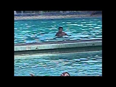 otario   se   afogando