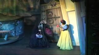 getlinkyoutube.com-Disney Live! Los cuentos favoritos de Mickey 3/8
