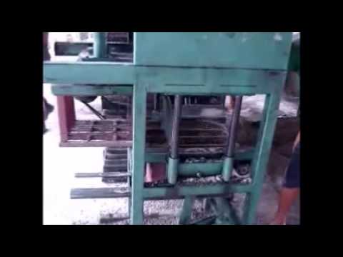 Maquina de fabricar bloco MGM1 19-4042-1211