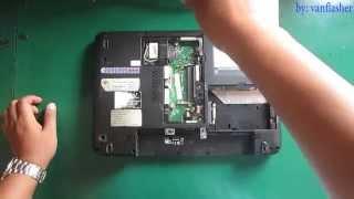 getlinkyoutube.com-Toshiba Satellite L640 L645 L740 L745 Disassembly
