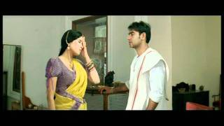 getlinkyoutube.com-Hindi Film - Tango Charlie - Drama Scene - Ajay Devgan - Nandana Sen - Hawaldar Mistaken For Tailor