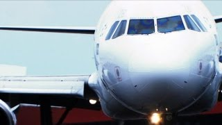 getlinkyoutube.com-Air Disasters - Brazil's Most Dangerous Landing Strip