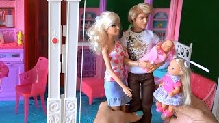 getlinkyoutube.com-Видео с куклами Барби и Кен привезли дочку Келли в дом Барби к Челси