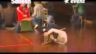 getlinkyoutube.com-Sexe sous hypnose Ils font l amour avec des chaises