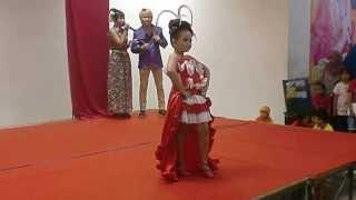 getlinkyoutube.com-Model Fashion Show Kategori Anak