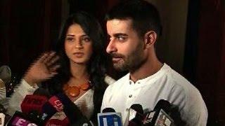 getlinkyoutube.com-Saraswatichandra's Saras,Kumud reunited again