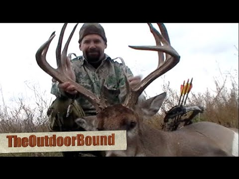 Bowhunting: MONSTER Whitetail Buck... Best Solo Hunt Ever!