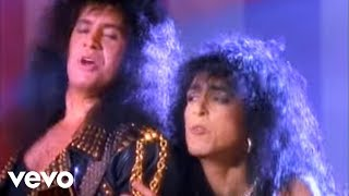 getlinkyoutube.com-Kiss - (You Make Me) Rock Hard