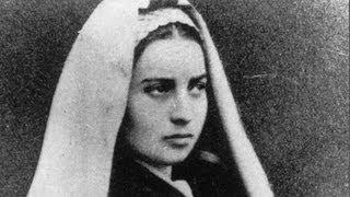 """getlinkyoutube.com-""""Le secret de Lourdes, c'est Bernadette"""" : extraits de la conférence du Père Laurentin à Lourdes"""