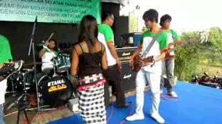 "getlinkyoutube.com-cilokak alba 05 _ vocal "" NOVIE "" sasak lombok _ live concert"