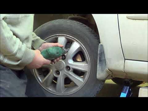 Как срезать прокручивающуюся шпильку колеса