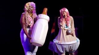 getlinkyoutube.com-BB Talk - Miley Cyrus (Live in Vancouver)
