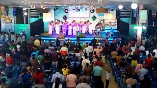 The Glory of the Lord is coming down - Uche - recorded live