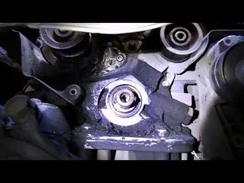 Где находится в Opel Astra H натяжной ролик ремня генератора