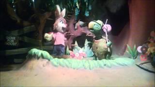 getlinkyoutube.com-Disneyland Fail