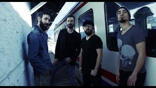 getlinkyoutube.com-Selami Şahin - Yalan / TAHTA (Rock İstasyonu 2015 En İyi Cover Ödüllü)