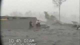 AMAZING RAW VIDEO Hurricane Katrina roof top flooding St Bernard La