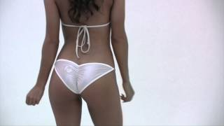 getlinkyoutube.com-Game Changer Scrunch White Bikini Model Rachel Mcdonaugh