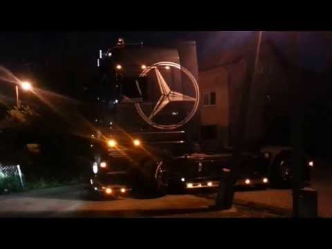 Actros in the night