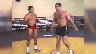getlinkyoutube.com-Александр Карелин и Михаил Мамиашвили Тренировка 1990 (Aleksandr Karelin)