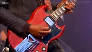 Amazing Performance By Gary Clark Jr.   When My Train Pulls In