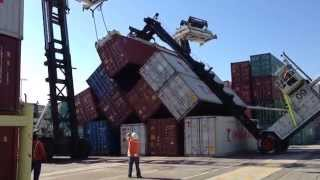 getlinkyoutube.com-Port of Los Angeles accident