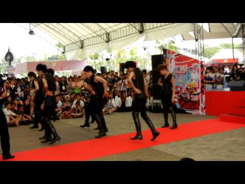 Next School at Dance Street stage at Korean Wave in Bangkok