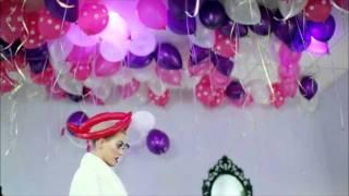 getlinkyoutube.com-Katy Perry Concert Candy FUNNY MOMENTS [HD]