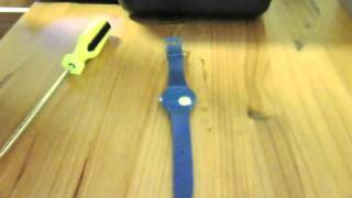 getlinkyoutube.com-Replace a Swatch Watch battery using a Flat Screwdriver