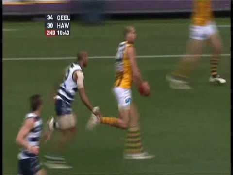 Travis Varcoe tackle on Franklin