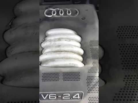 Где находится в Ауди S5 датчик охлаждающей жидкости