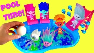 getlinkyoutube.com-Trolls Movie Poppy Branch Satin Chenille Guy Diamond Dive for Toy Surprise in Orbeez Bath Bomb Pool!