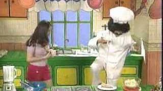 getlinkyoutube.com-Derbez en cuando - Pepe Roni 2