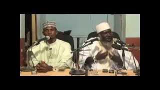 getlinkyoutube.com-Duniya Fure Take Bata Yaya (Malam Ahmad Yusuf Tijjani)