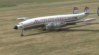 getlinkyoutube.com-RC Super Constellation L 1049 - crash avoided during approach for landing
