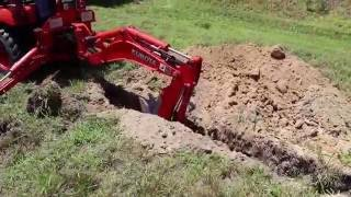 getlinkyoutube.com-BXpanded Narrow Trencher Bucket in Action