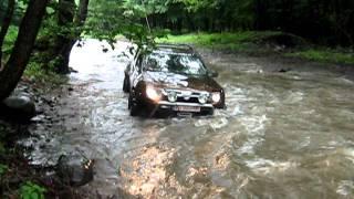 getlinkyoutube.com-Dacia Duster (Alain) crossing river - Mures Trophy Romania 2011.avi