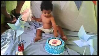 getlinkyoutube.com-Smash the cake niver do Miguel 1 aninho