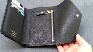 getlinkyoutube.com-Louis Vuitton Compact Curieuse Wallet Black