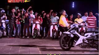 getlinkyoutube.com-Adnan Sempit 2 - aksi stunt wanita