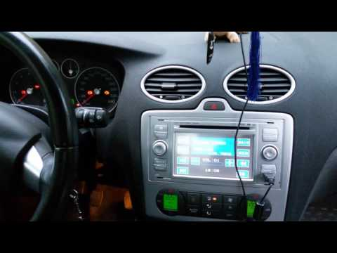 Приборная панель сразу не включается после поворота ключа зажигания Ford Focus 2