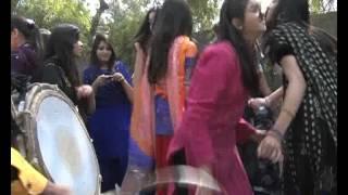 getlinkyoutube.com-Dunya News-10-03-2012-Spring Festival in Punjab College Lahore