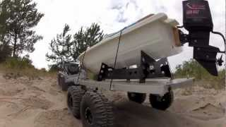 getlinkyoutube.com-Summit and SCX10 flatbed boat trailer 12