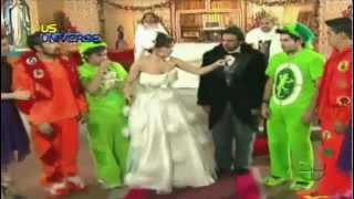 getlinkyoutube.com-La Boda Peluche de Eugenio Derbez (sketch completo)