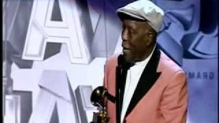 Buddy Guy and Tom Hambridge Accept the Grammy For \